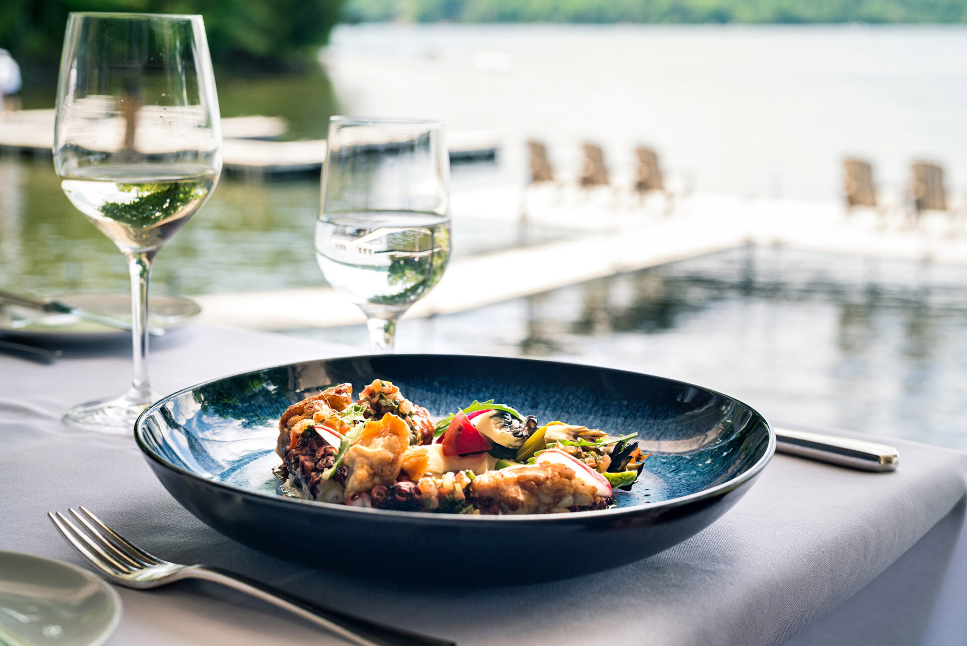 Restaurant gastronomique sur le lac